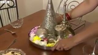 Living Zoroastrianism